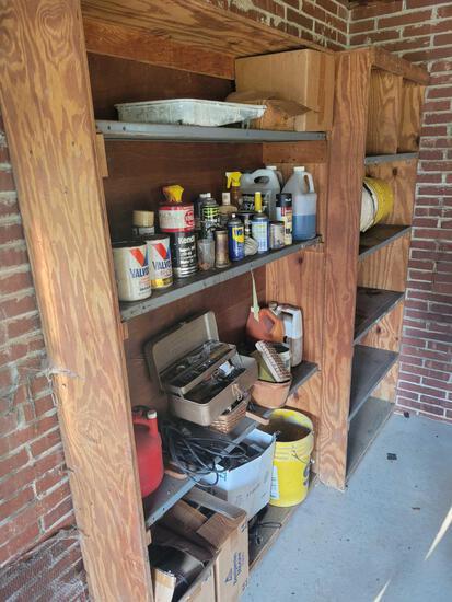 Fluids, recess lighting, buckets, 2 shelves