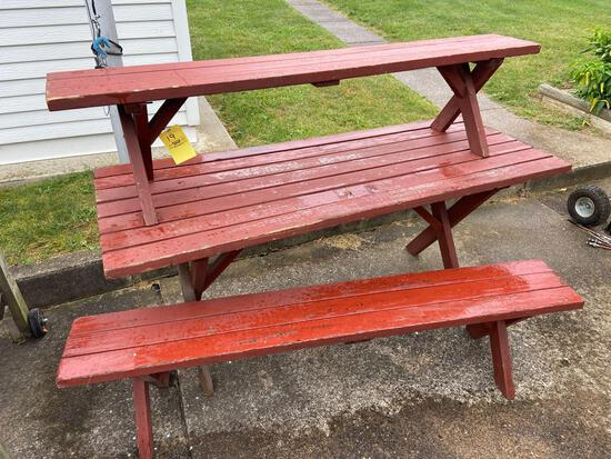 Picnic Table and 2 Benches, cushions