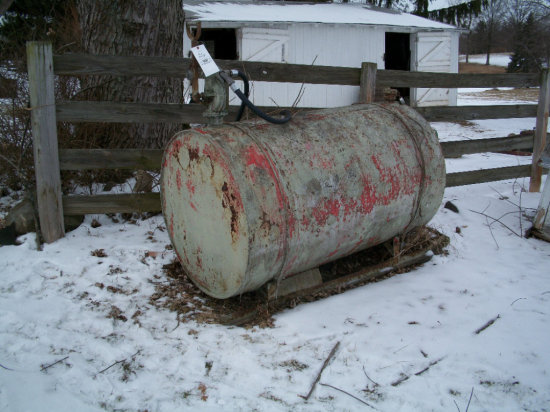 Fuel Tank (5'L x 3'W ) Approx 200 gallon with hand pump
