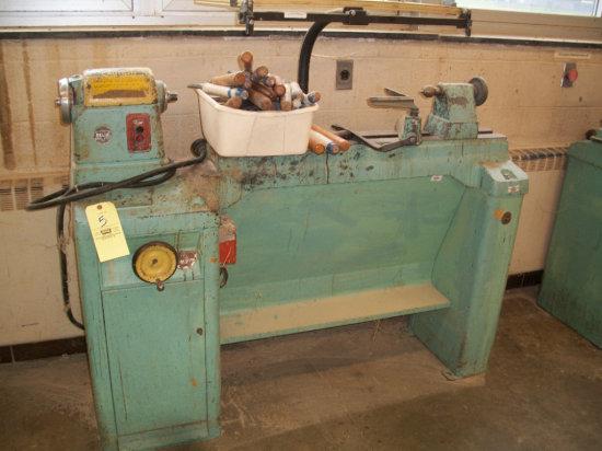 Delta Rockwell varible speed wood lathe