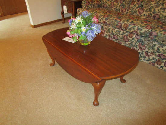Henkel Harris Drop Leaf Coffee Table with Queen Anne Legs