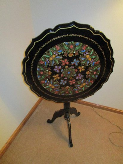 """Casa Velazquez"" Inlay-ed tilt top table"