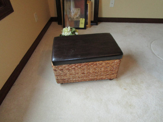 Lift-top Ottoman/Trunk and  decorative flowers