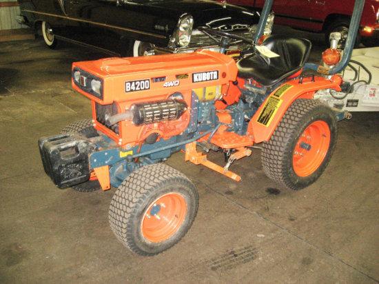 Kubota B 4200 4 WD Tractor