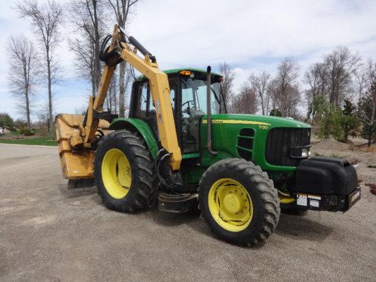 John Deere 7130 Tractor