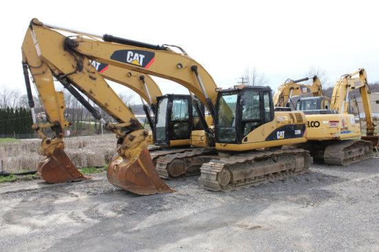 2010 CAT 320 DL Excavator
