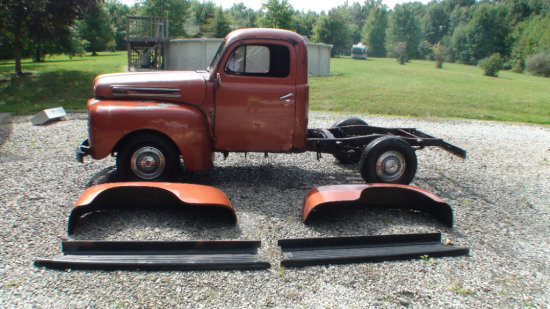 1948 Ford F-1 with loads of extra parts