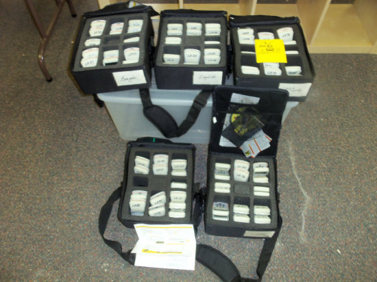 133 Remote controllers (Response card XR Turning Point 2008)