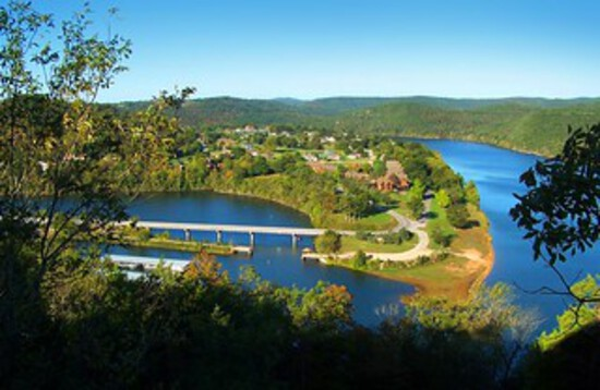 Enjoy a Vibrant Lifestyle At Holiday Island in the Ozarks!