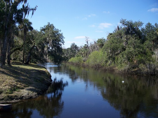 Own a Lot near Peace River in Charlotte County, Florida!