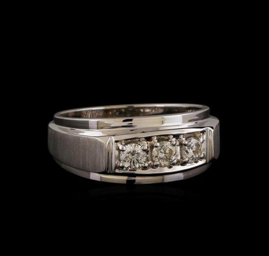 14KT White Gold 0.47 ctw Diamond Ring