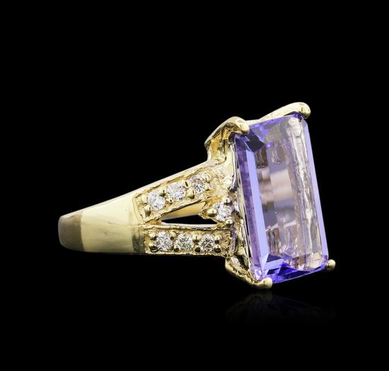 4.95 ctw Tanzanite and Diamond Ring - 14KT Yellow Gold
