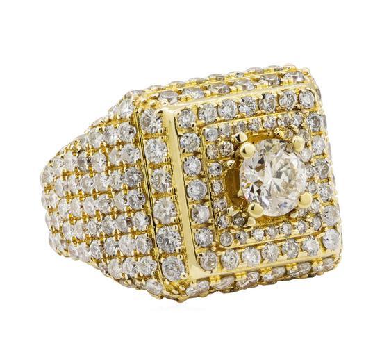 7.08 ctw Diamond Ring - 10KT Yellow Gold