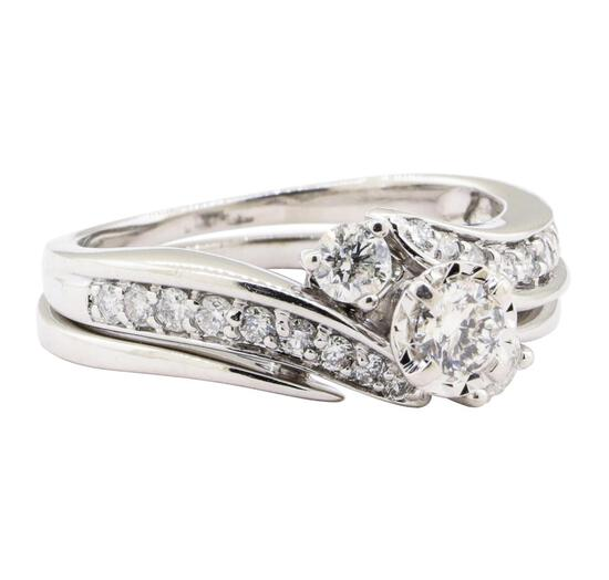 0.93 ctw Diamond Ring And Ring Guard - 10KT White Gold