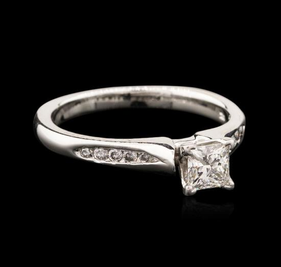 14KT White Gold 0.66 ctw Diamond Ring