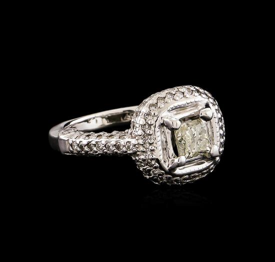 14KT White Gold 1.78 ctw Diamond Ring