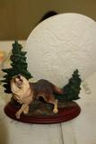 Bradford Exchange Mysteries Of The Wild Wolf Sculpture Moonlight Majesty