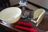 Roma Food Strainer Food Mill And Sauce Maker