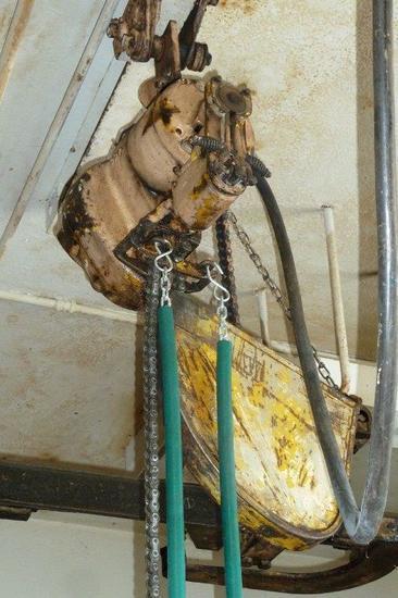 220 Volt Chain Hoist