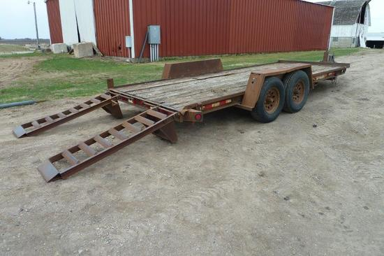 2002 Towmaster Trailer 18' w/ramps