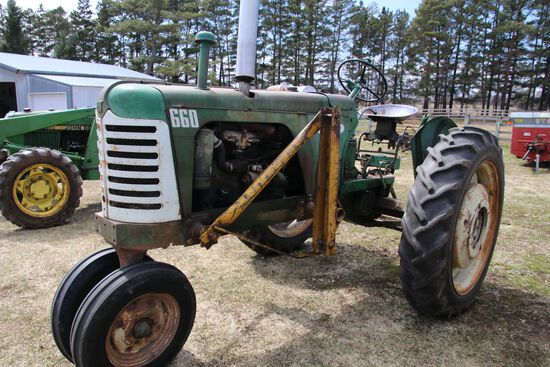 660 Oliver Tractor
