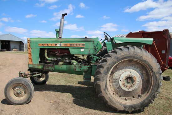 1650 Oliver Gas Tractor