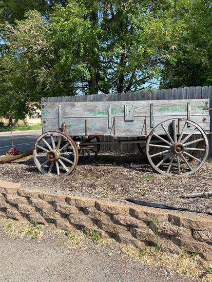 Hitch wagon