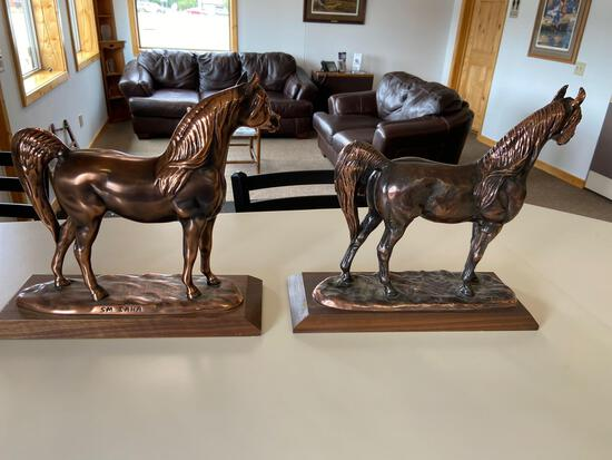 Metal horse statues lot of two