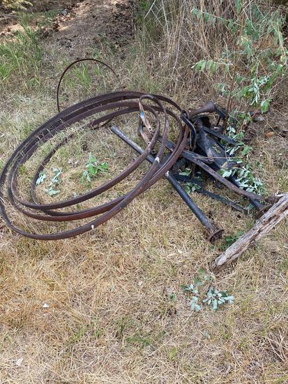 Wagon wheel bands, old tire changer