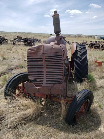 W 9 International Tractor