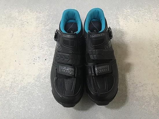 Size 41 Shimano women bike shoes