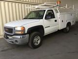 2005 GMC SIERRA 2500 HD