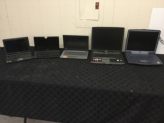 5 laptops,Lenovo, DELL, HP, POSSIBLY LOCKED No chargers, some scratches