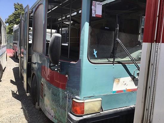 2001 E BUS 22FT SHUTTLE