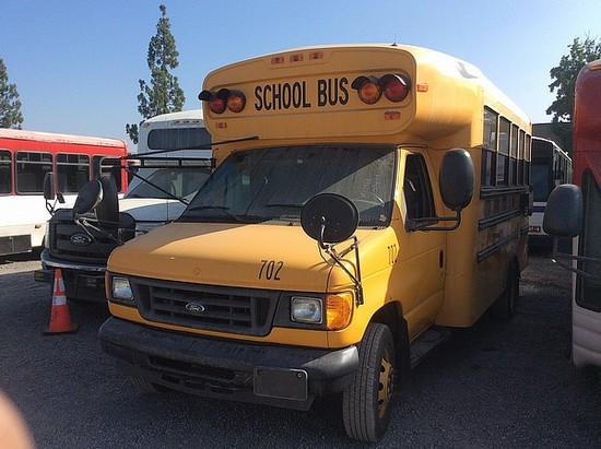 2006 BLUEBIRD SCHOOL BUS