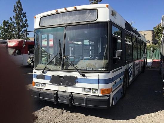 2003 NABI COMPO BUS
