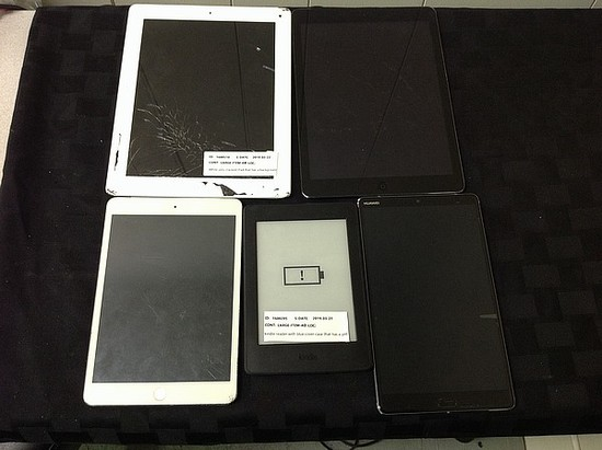 Tablets possibly locked, no chargers, some damage iPod A1475 A1458 A1490, Huawei, kindle