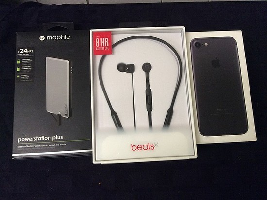 Beats X wireless Bluetooth headphones, power bank iPhone locked unknown activation status