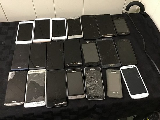 LG, Samsung Possibly locked, no chargers, some damage
