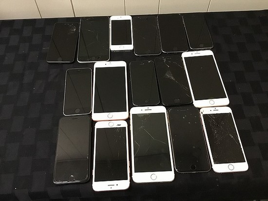 16 iphones, possibly locked, some damage