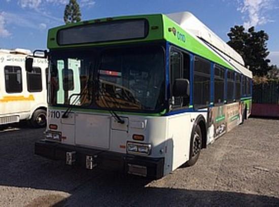 2000 NEW FLYER C40LF TRANSIT BUS