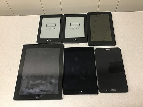 Tablets, possibly locked, no chargers iPad A1395 A1550, kindle, Samsung