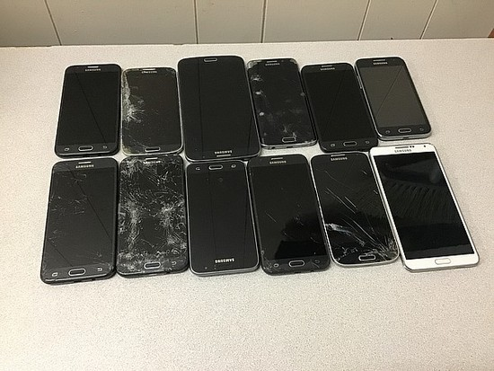 Cellphones, possibly locked, no chargers, some damage Samsung
