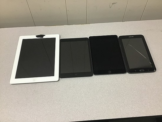 Tablets, possibly locked, no chargers, some damage iPad A1395 A1454 A1550, Samsung