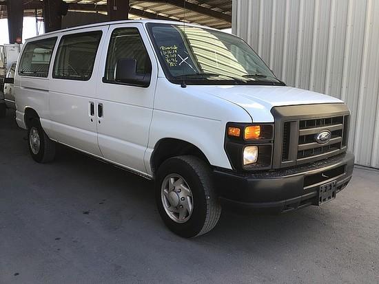2009 FORD E150