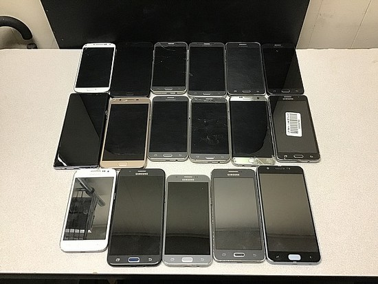 17 Samsung Cellphones possibly locked, some damage, Unknown activation status