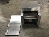 Industrial conveyor belt toaster