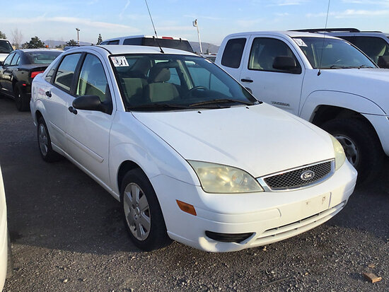 2006 Ford Focus ZX4 4-Door Sedan RUNS AND DRIVES
