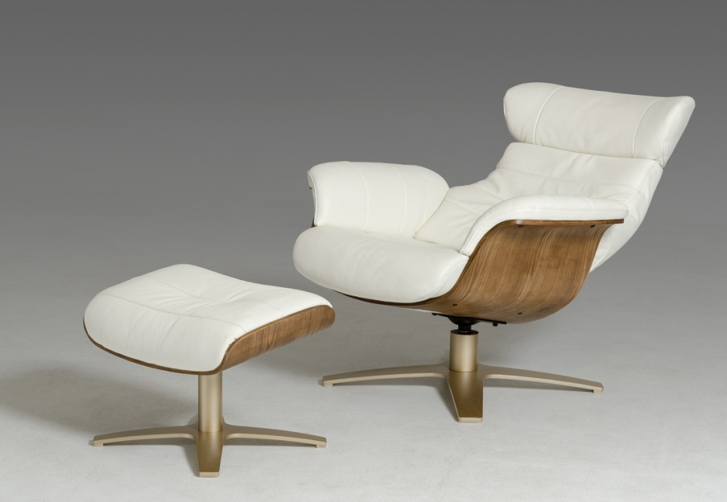 Divani Casa White Leather Chair And Ottoman