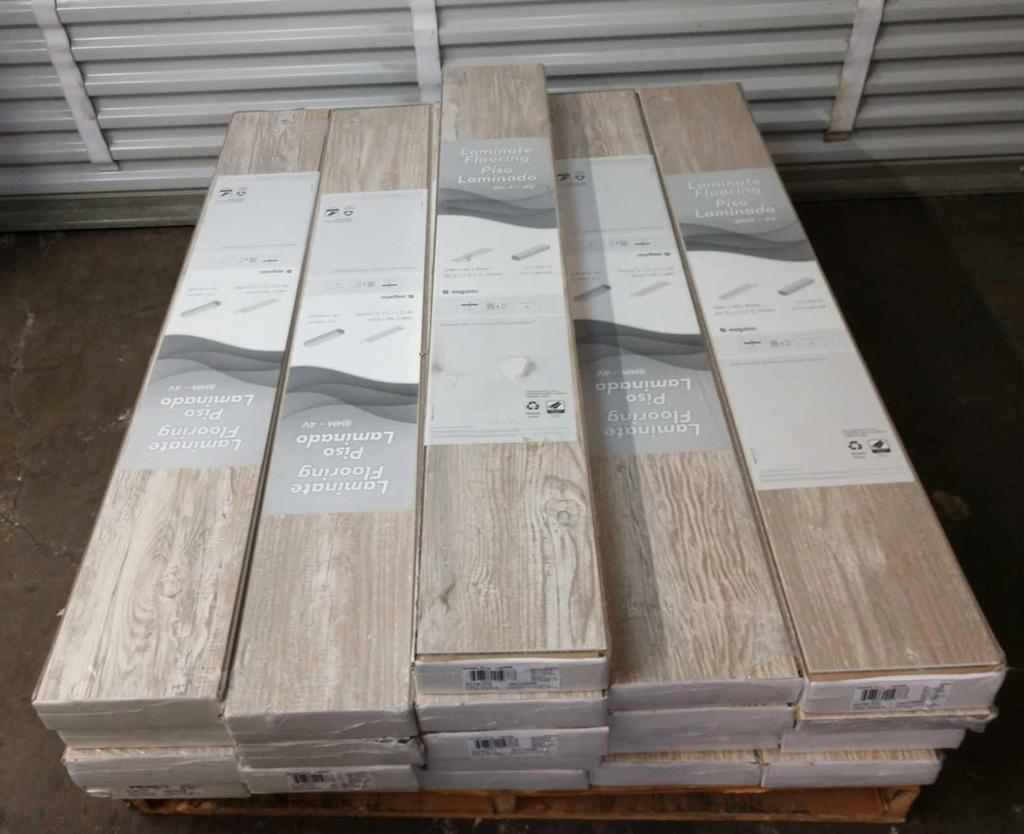 21 Bo Of Denali Pine 8 Mm Thick Laminate Flooring